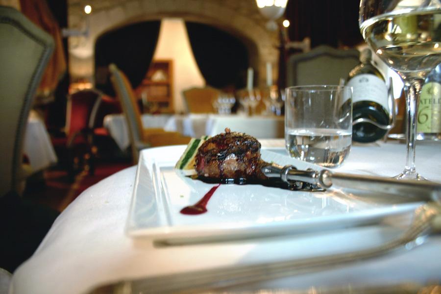 restaurant-trama-08